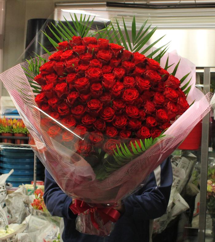 アマダ88本の花束