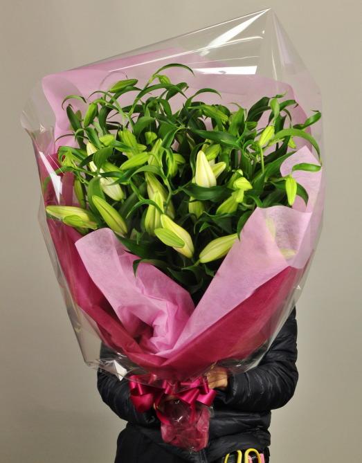 大輪のカサブランカ10本の花束
