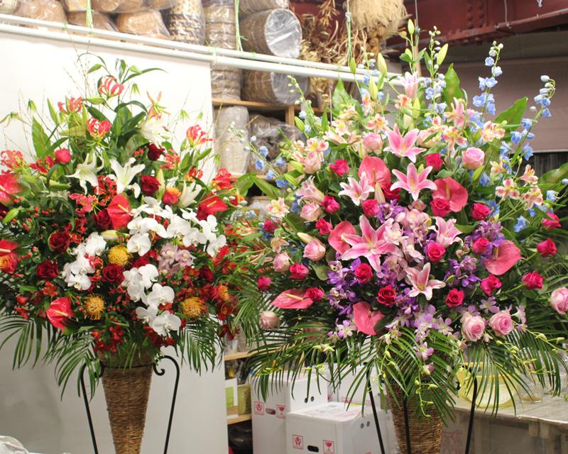 北新地へお届けのスタンド花、フワラースタンド