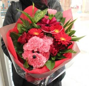 ご退職やお誕生日のお祝いにプードルの花束