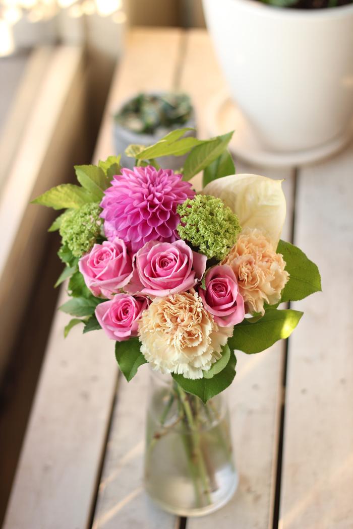 江坂の花屋が作るお誕生日のブーケ風花束